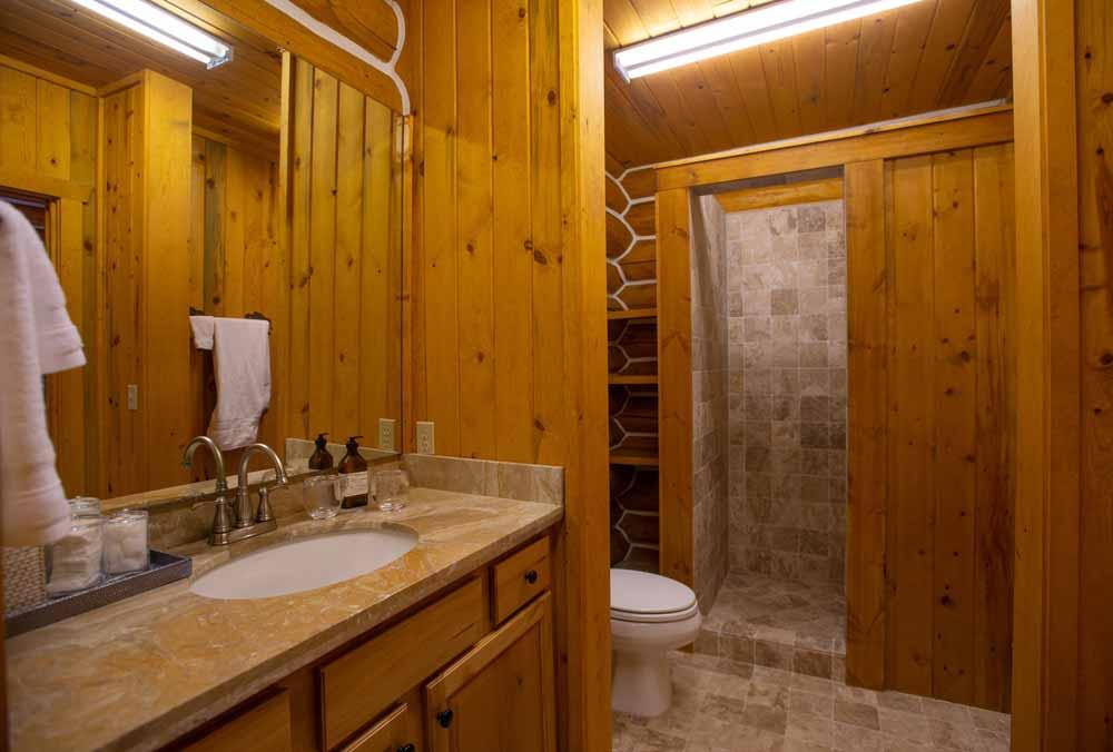 cook-cabin-master-bath