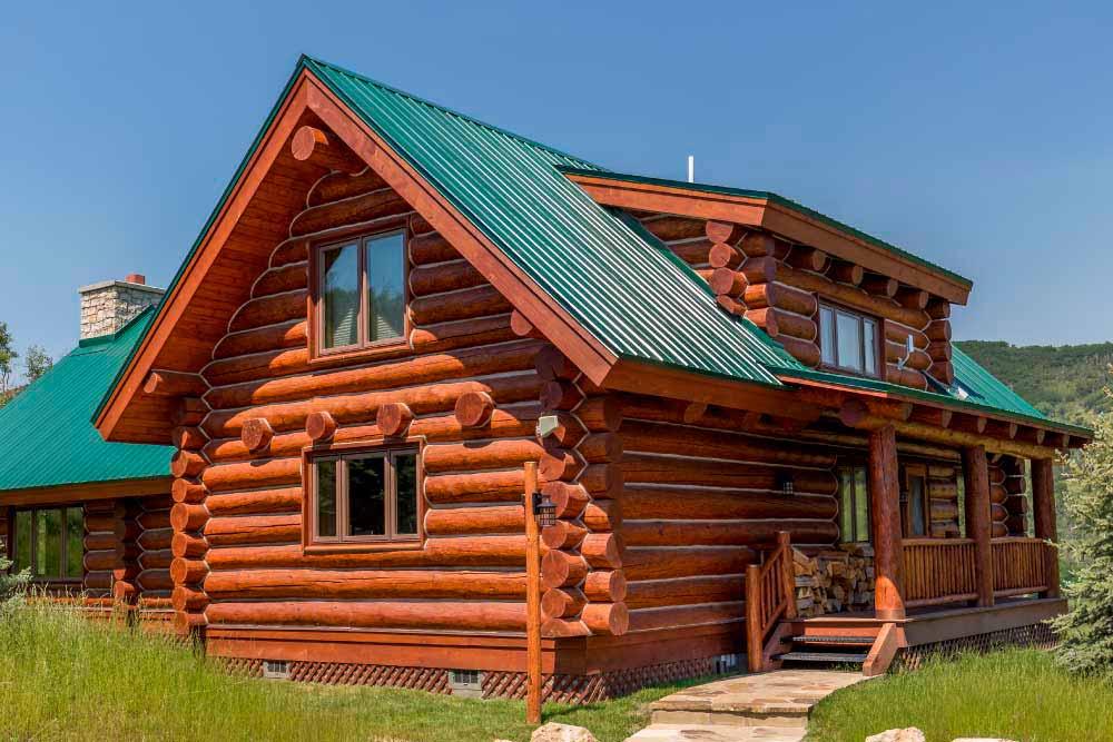 middle-creek-ranch-lodge-exterior-crop