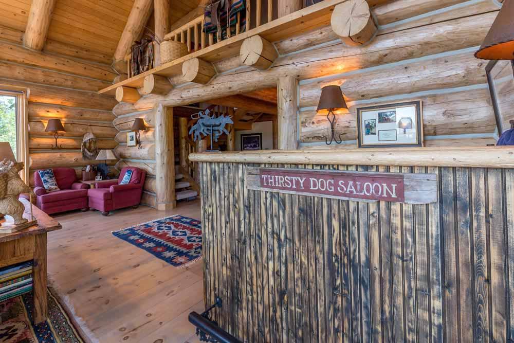 middle-creek-ranch-main-house-bar